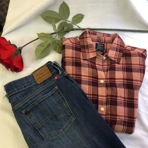Lucky Brand jeans and button down outfit